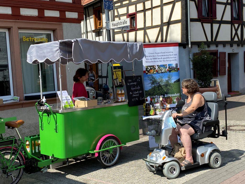Genial Regional Verein - Ausschankbike auf dem Regionalmarkt